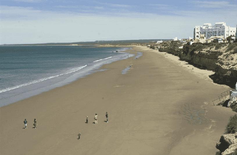 Praia Las Grutas na Argentina