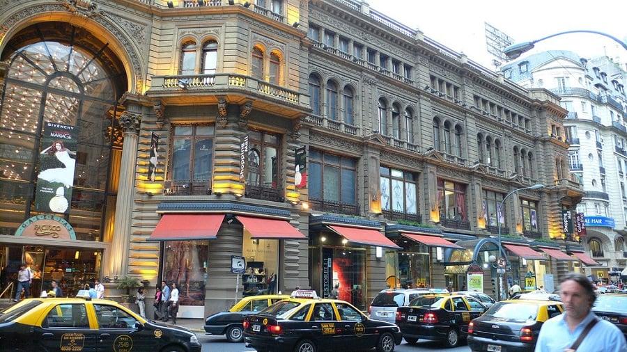 Compras nos outlets do bairro Villa Crespo em Buenos Aires