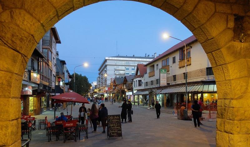 Mitre Calle para compras em Bariloche