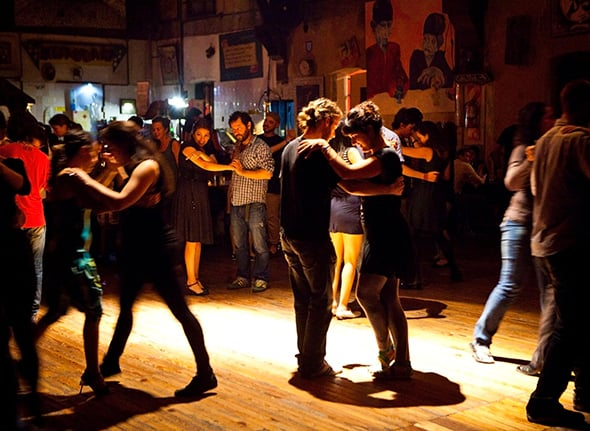 Dançar Tango no Inverno em Buenos Aires