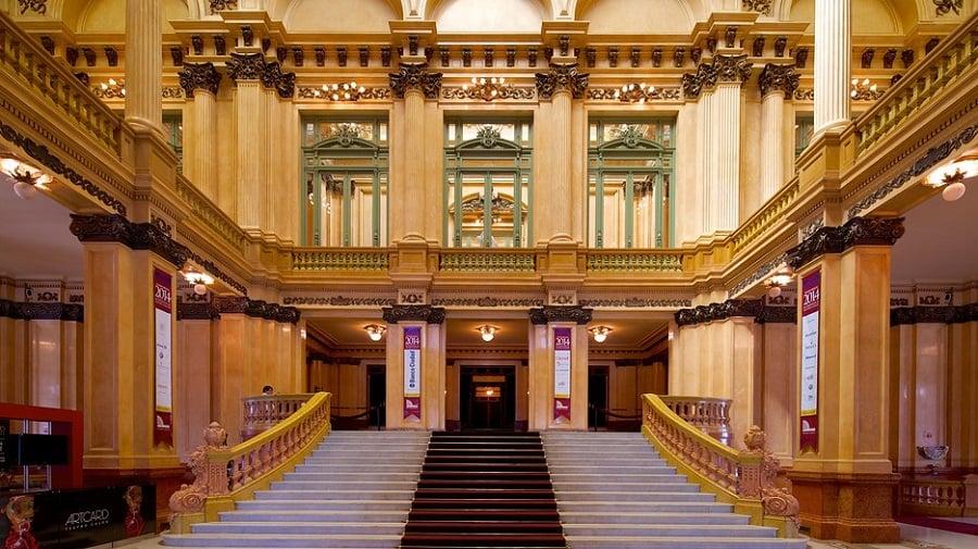Visitar o Teatro Colón em Buenos Aires