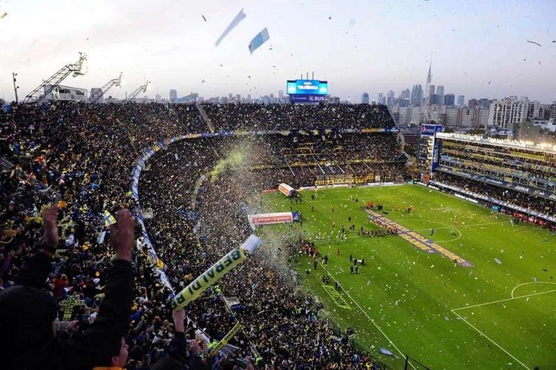 História e estrutura do estádio La Bombonera