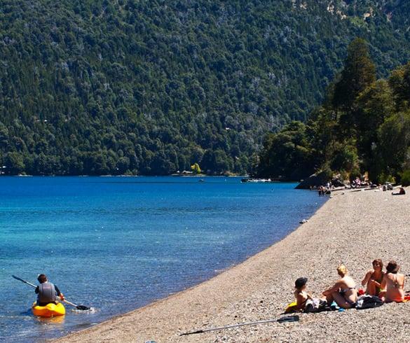 Praias no Lago Gutiérrez em Bariloche