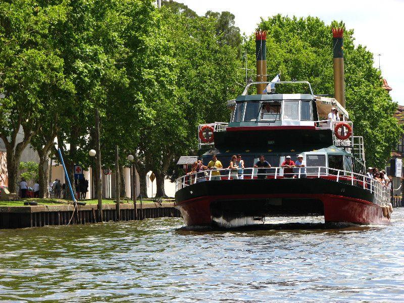 Passeio de barco pelo Rio Tigre no mês de janeiro