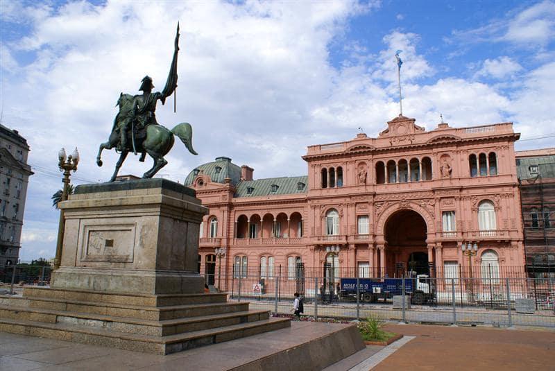 Plaza de Mayo em Buenos Aires no mês de dezembro
