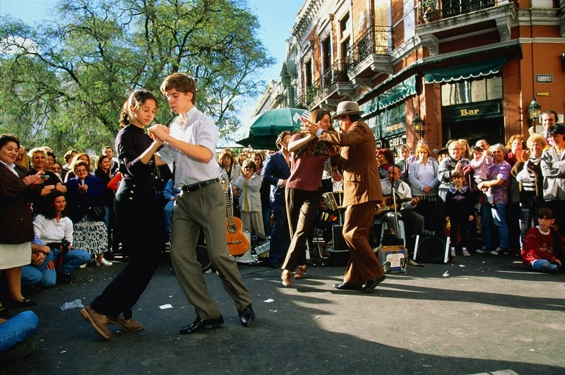 Conhecer a Feira de San Telmo em Buenos Aires no mês de janeiro