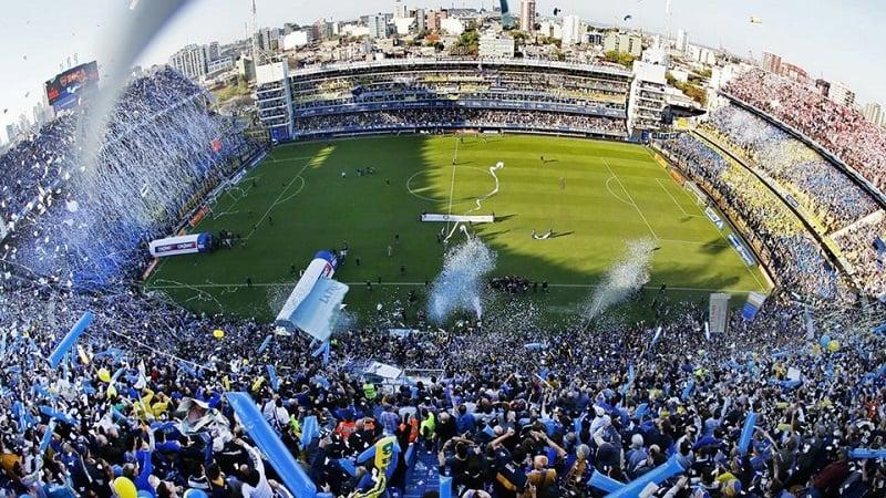 Excursão pelo estádio La Bombonera em Buenos Aires