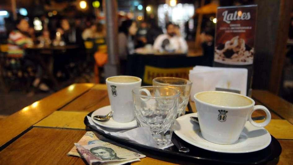 Gorjetas em bares e restaurantes em Mendoza