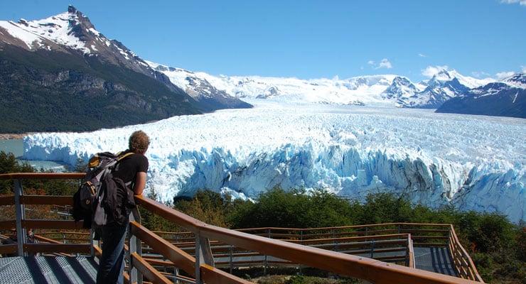 Passeio pelas passarelas do Perito Moreno em El Calafate