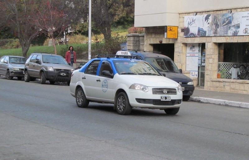 Como andar e se locomover em Bariloche: táxi