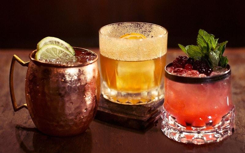 Drinks em bar de Buenos Aires