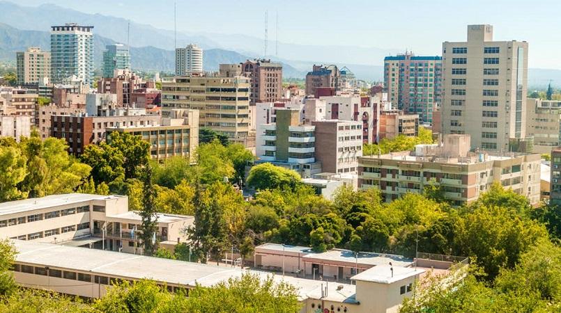 Meses de alta e baixa temporada em Mendoza