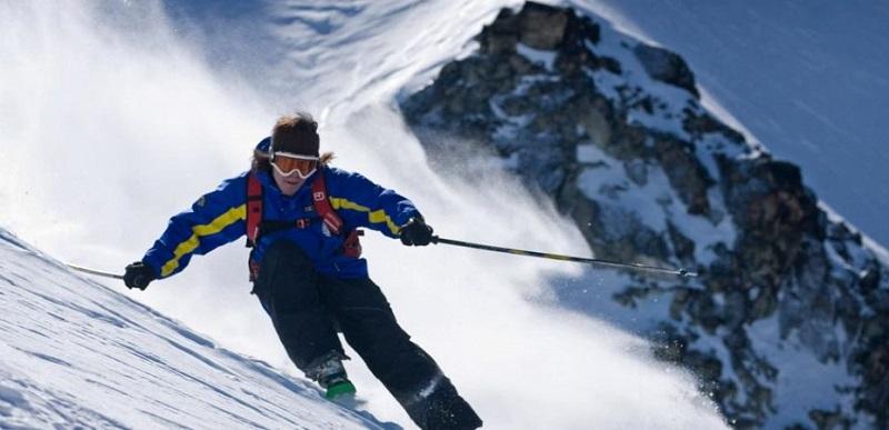 Pessoa esquiando em Ushuaia