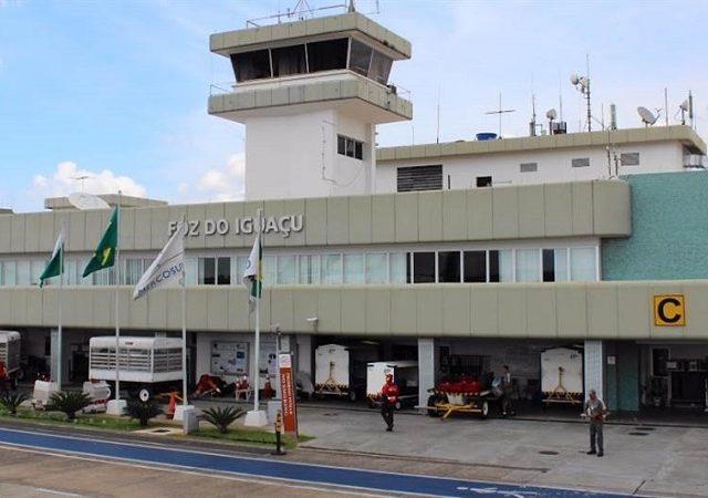 Transfer do aeroporto de Puerto Iguazú até o centro turístico